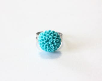 Ring with blue resin dahlia flower
