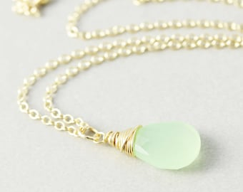 Green Chalcedony Pendant Necklace, Kiwi Lime Green Necklace, Bridesmaid Gift
