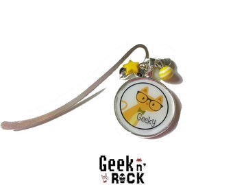 Geeky cat bookmark