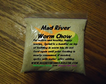 Mad River Worm Chow approximately 10 oz. Gets your wormies WIGGLIN