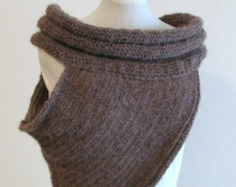 Cross Body - Chunky knitted  cowl - Katniss cowl ispired- Shrug-crochet poncho- scarves collar -bolero - scarf - Stole -