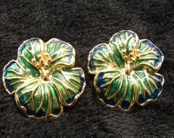 Vintage Avon Dogwood Blossom Earrings