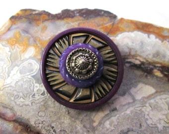 Vintage Button Pin/Pendant: Purple Pinwheel Vintage Button Jewelry