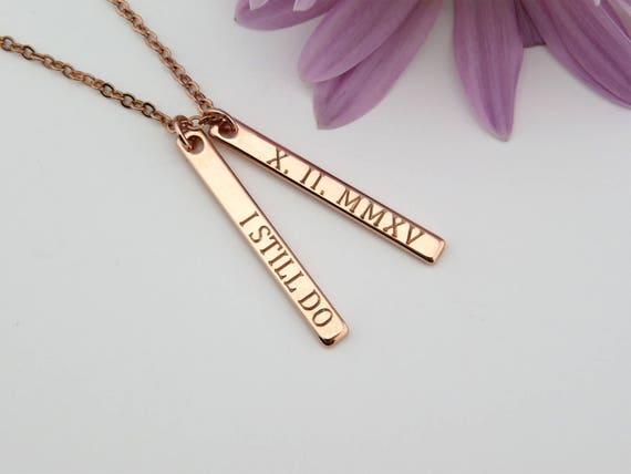 necklace p shipping day anniversary com numerals wedding est personalized date same dp m a roman til amazon engraving