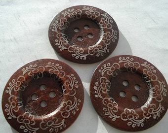 60mm Wooden Sewing Buttons, 4-Hole Round Reddish Brown Flower Pattern Button, Pack of 3 Wooden Buttons, W618