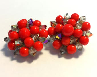 Cherry Red Earrings, Vintage Jewelry, Beaded Earrings, Vintage Clip On Earrings, Cluster Earrings, Mid Century Jewelry, Vintage Earrings