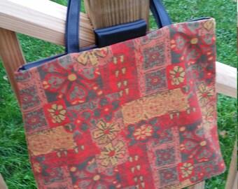 Vintage Knitility Floral Handbag