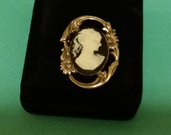 SALE Art Deco Sterling Silver Cameo Brooch (Was 50.00)