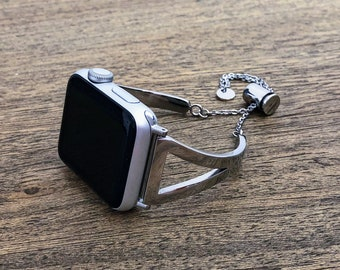 The Cheri Chic Metal Apple Watch Band 38mm or 42mm | Silver Stainless Steel |  Series 1, 2, 3 | Adjustable Strap