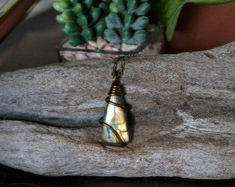 Natural Labradorite Necklace - Gemstone Jewelry - Gold Flash Labradorite Jewelry - Gemstone Necklace - Gypsy Boho Jewelry Bohemian Necklace