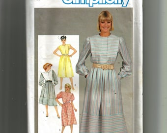 Simplicity Misses' Pullover Flanged Dress Pattern 6243