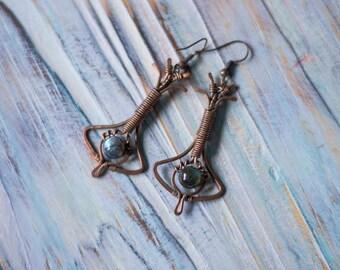 Nina Art Deco errings, copper dangle wire wrap earrings, flashy labradorite boho earrings