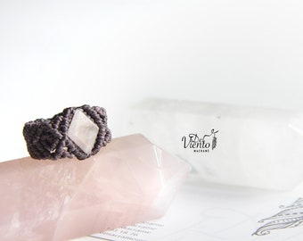 Macrame ring with pink quartz/macrame ring with Rose quartz/Crystal healing/Bohemian Jewelry/jewelry/Love stone/Chakra