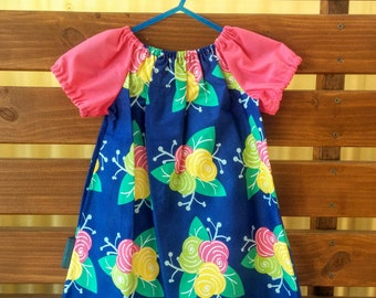 Girls Peasant Style Dress. Flowers. Size 2.