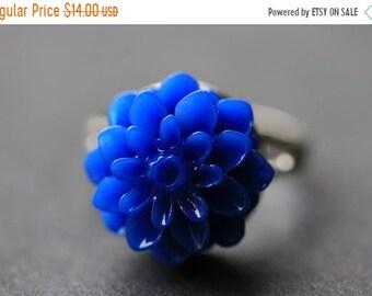 MOTHERS DAY SALE Cobalt Blue Mum Flower Ring. Royal Blue Chrysanthemum Ring. Blue Flower Ring. Adjustable Ring. Handmade Flower Jewelry.