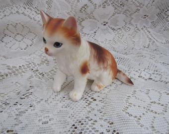 Vintage Calico Cat Figurine. Long Hair