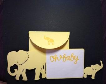 Mama & baby elephant cuteness