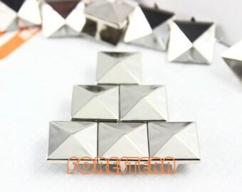 200Pcs 15mm Silver Pyramid Studs Metal Studs (SP15)