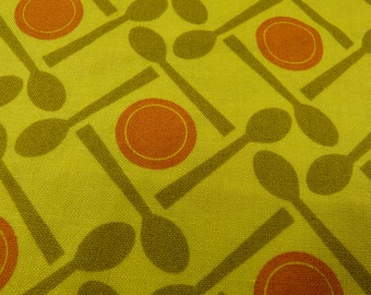 Lizzy Dish by Lizzy House - FQ or more - place setting in mustard, olive and orange - OOP & HTF