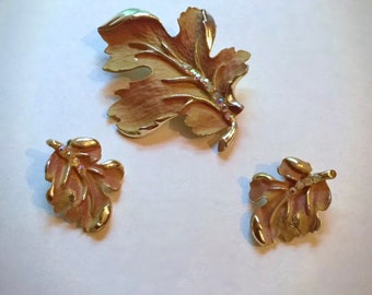 Vintage signed BSK Oakleaf demi-parure Pin & Earrings