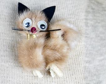 Cat Brooch Fur Mink Googly Eyes