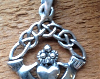 Claddagh pendant/charm, solid sterling 925 silver - free shipping