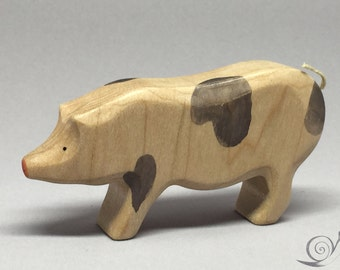 Toy Pig - Hog Wooden / white with grey spots Size: 9,5 x 5,0 x 2,2 cm (bxhxs)  approx. 30,0 gr.