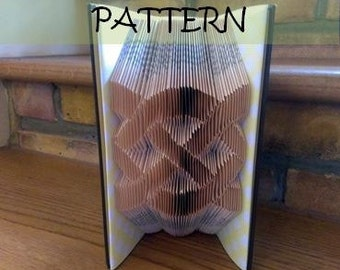 Book folding Pattern: CELTIC KNOT design (including instructions) – DIY gift – Papercraft Tutorial - perfect gift for Christening
