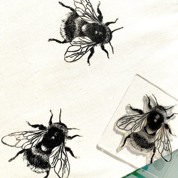 Bumble Bee Rubber Stamp - Fluffy Bumblebee - Bee - Bumble Bee - Bumblebee - Insect - Bee Stamp - Little Stamp Store - Photopolymer Stamp