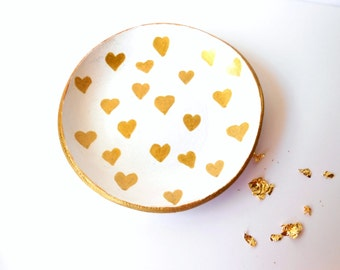 Jewelry dish - Clay dish with golden hearts - Clay jewelry holder - Clay ring holder
