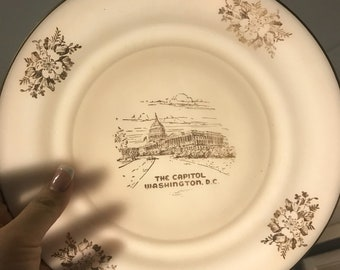 Beautiful Commerative Collectible Plate of The Capitol Building
