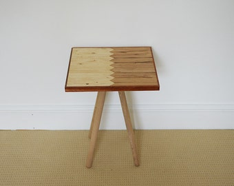 Retro Side Table End Table in Oak, Mahogany & Pine Furniture, Perfect as a Bedside Table or Coffee Table in Rustic or Modern Interiors