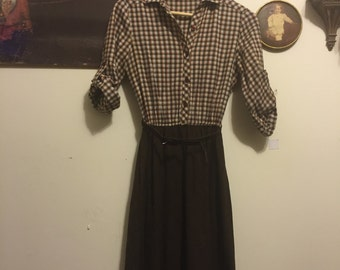 Gorgeous 1970s orange and brown flannel dress!
