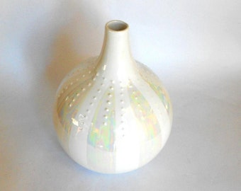 sea urchin vase, malta italy, white vase