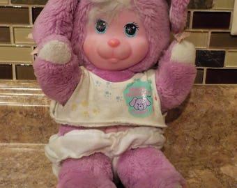 Magic Nursery Pets Puppy plush 1990 Mattel Purple-Fusia with Clothes