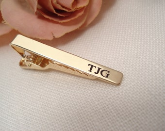 Personalized Groomsmen's gift...Gold or Silver custom engraved Tie Clip, Tie Bar for skinny tie, Wedding gift, Best mans gift, gift for him