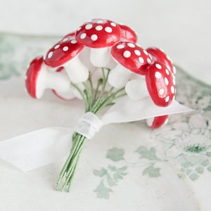 Spun Cotton Mushrooms - 18mm, Red Fairy Tale Toadstools, One Dozen