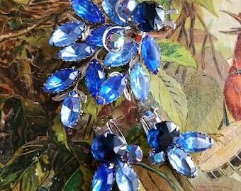 Vintage blue rhinestone demi parure Juliana style