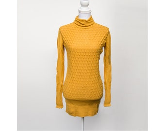 Turtleneck Sweater, Yellow Sweater, Vintage Sweater, Fitted Sweater, Fish Scale Sweater, Size Medium Sweater, High Collar Sweater