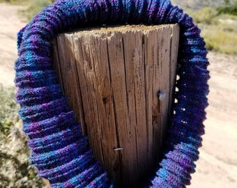 Cowl - Shades of purple, burgundy and blue