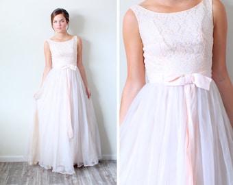Peach wedding dress etsy vintage lace peach wedding dress lace top peach bow junglespirit Images