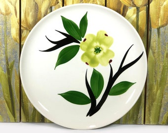 "Vintage Dixie Dogwood 9.5"" Plate - Simple, Modern Mid-Century Design"