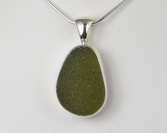 Olive Green Se aGlass Bezel Pendant Necklace Maine