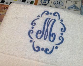 Monogrammed, new, 3 pieces white towels set - 100% cotton - Grandeur Hospitality