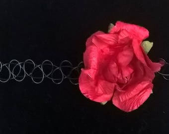 Rose choker