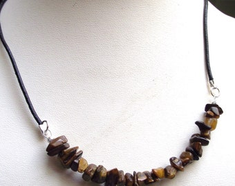 Choker black leather and Tiger eye beads.