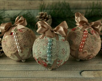 Shabby chic Christmas ornaments, Christmas decorations handmade, vintage Christmas, lace ornaments, bauble set, fabric Christmas baubles