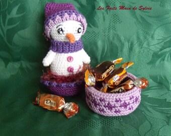 Mini snowman Winter crochet candy box