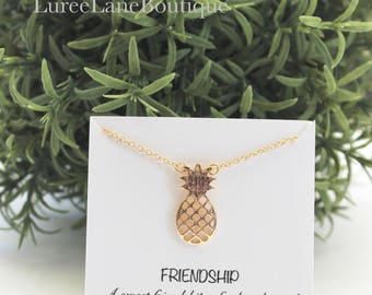 Pineapple necklace/ Pineapple pendant/ Best friend necklace/ Bridesmaid necklace/ Bridesmaid gift/ Bridesmaid jewelry/ Friendship necklace