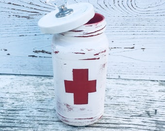 First aid storage container